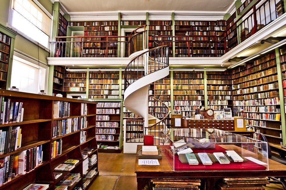 books-2602030_960_720