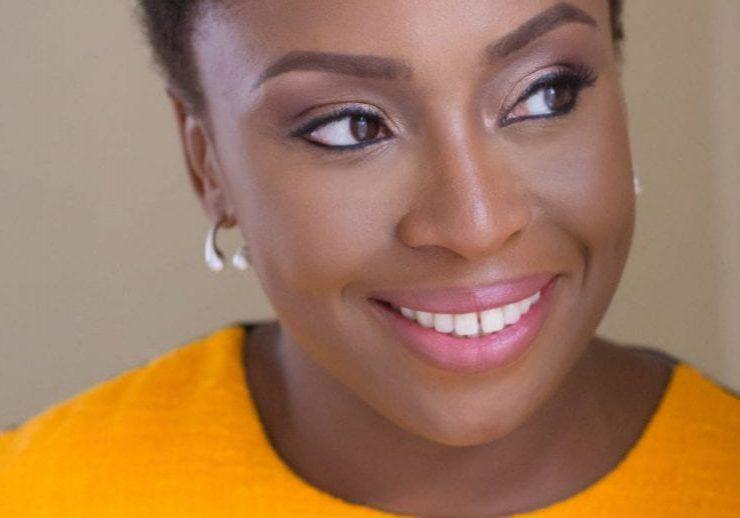 Adichie-Chimamanda-Ngozi-VOORKEURSFOTO-c-Wani-Olatunde-1-scaled-e1575987784169